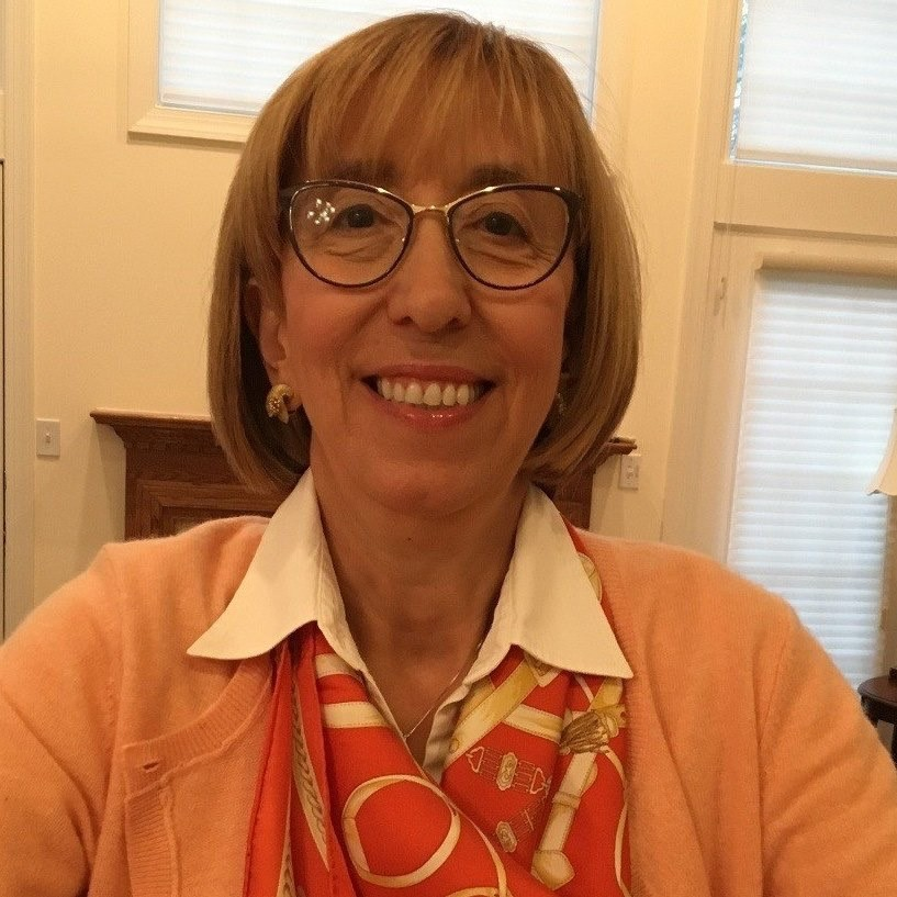 Serpil Guran Headshot
